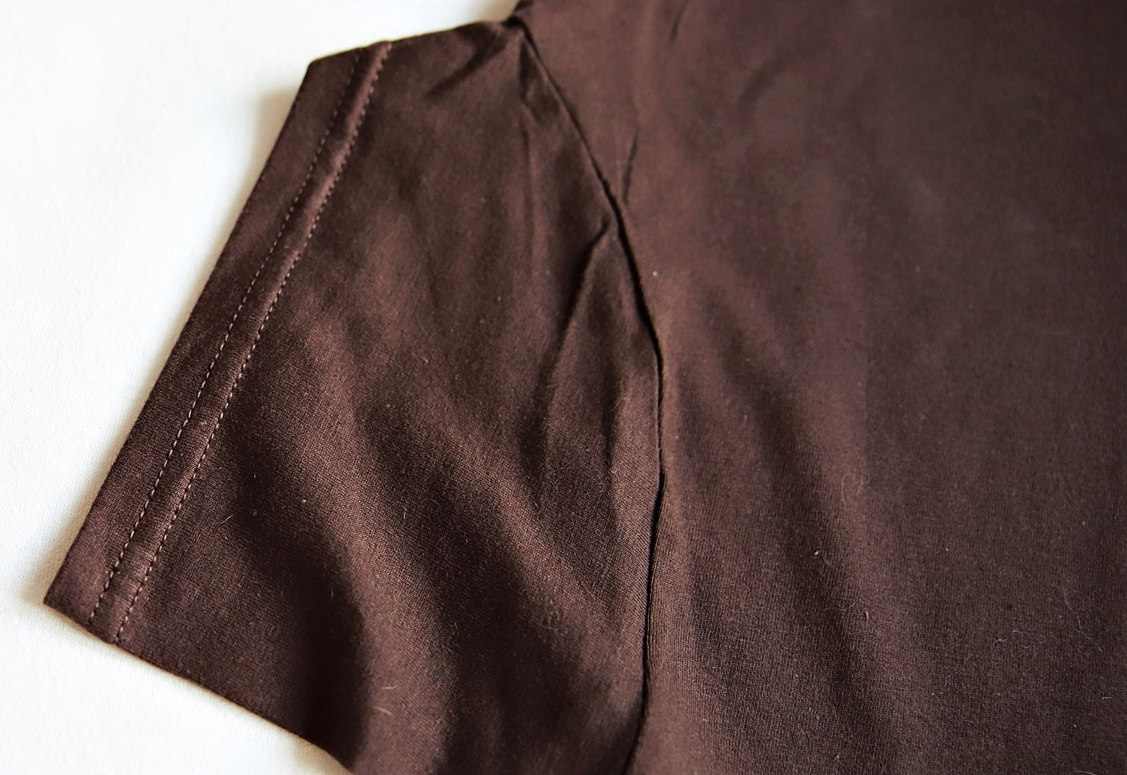 koszulka mucha czekolada rękaw
