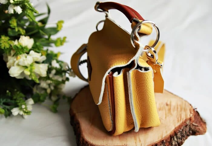 torebka skórzana TWINS żółta bok