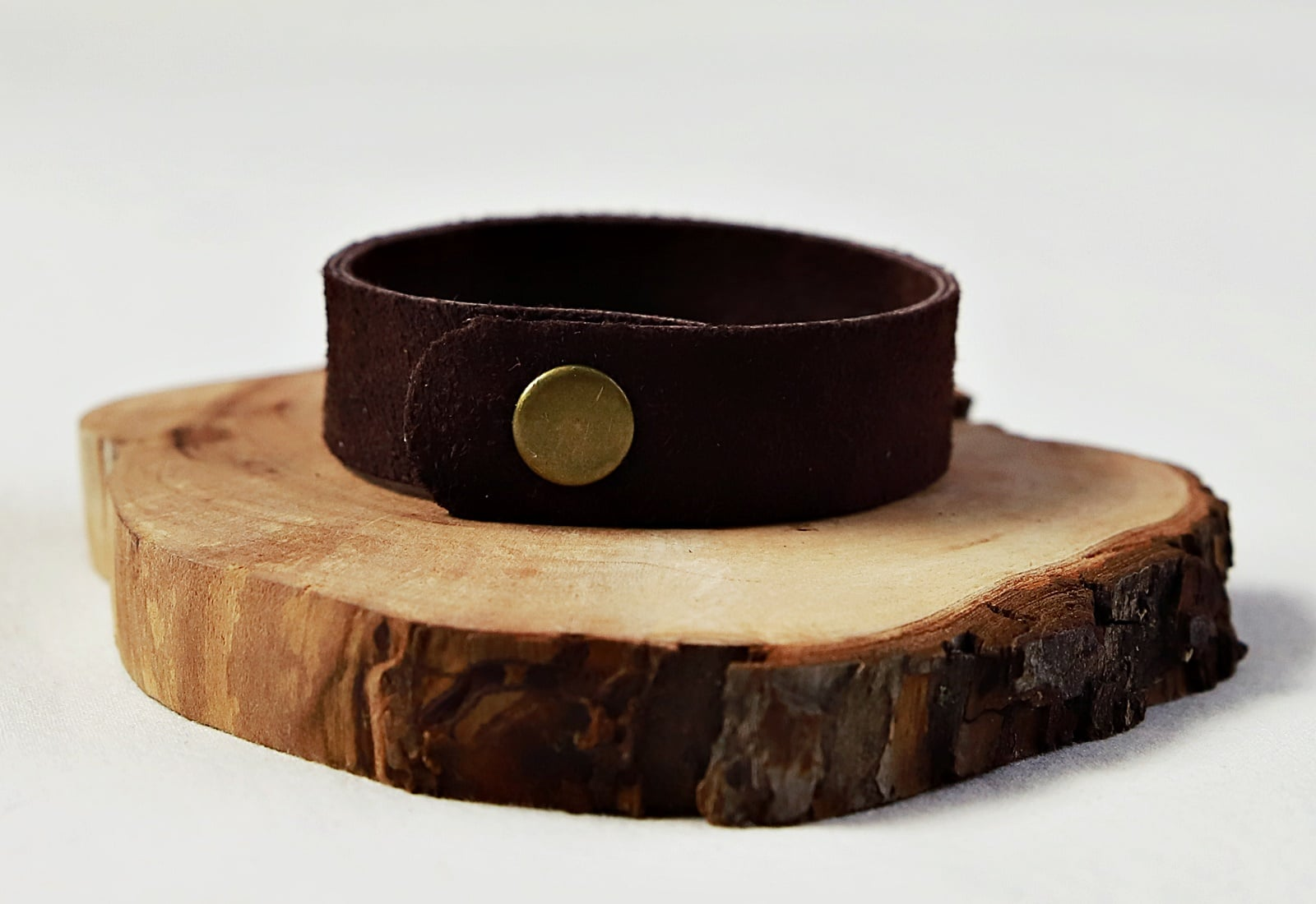 bransoletka zamszowa brąz tył