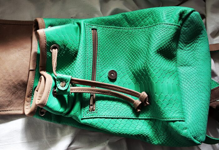 Plecak skórzany kroko zielony open