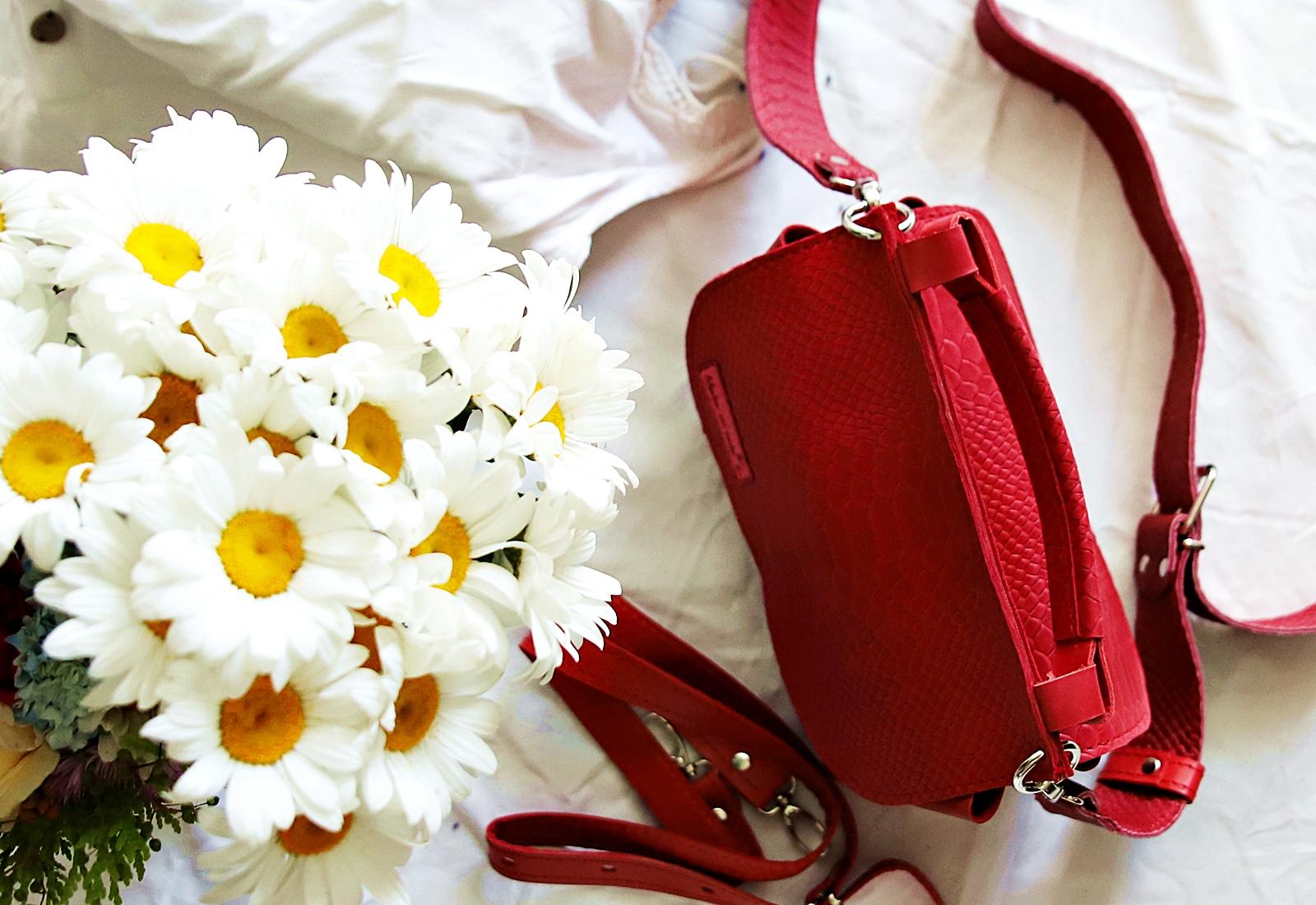 czerwona torebka kroko Greta
